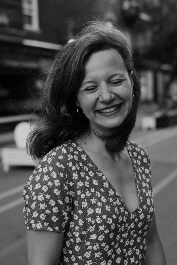 Portrait, Lifestyle, Femme, Montréal, portrait extérieur, Photographe